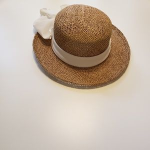 Tan Straw Hat with Large Cream Bow